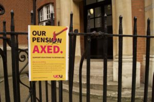 City lecturers continue to strike over pension cuts